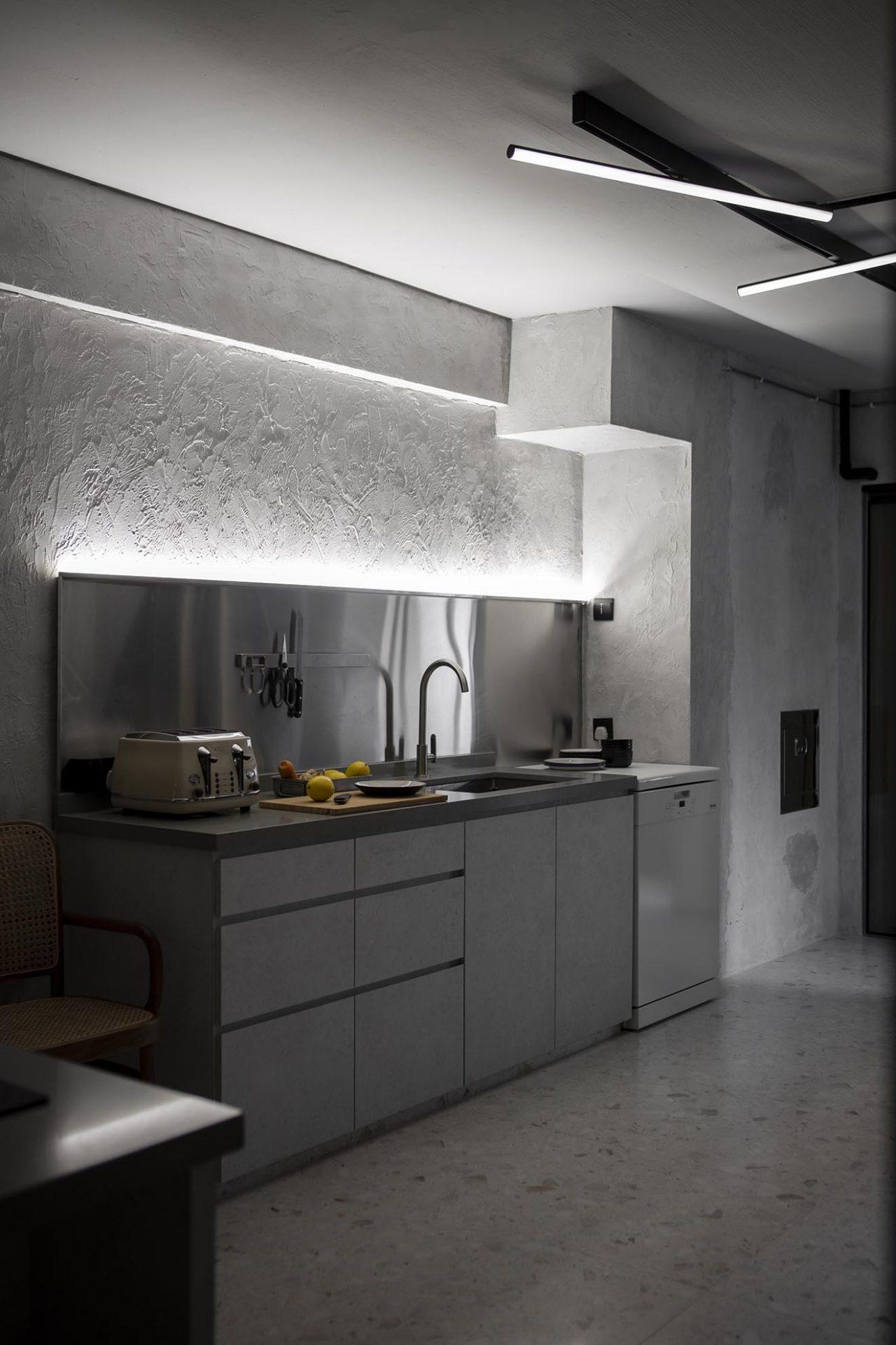 Serangoon Ave 2 kitchen