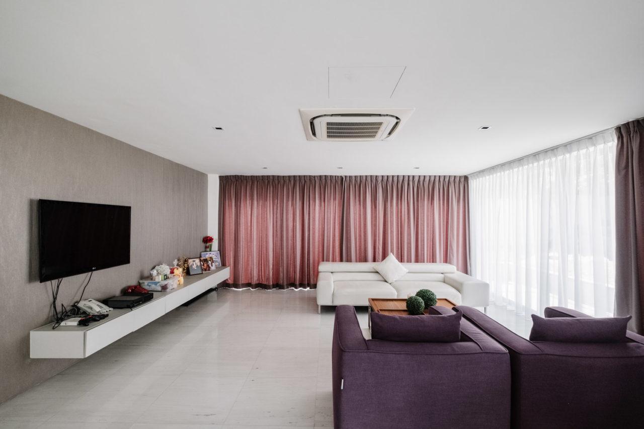 Tai Hwan Crescent living