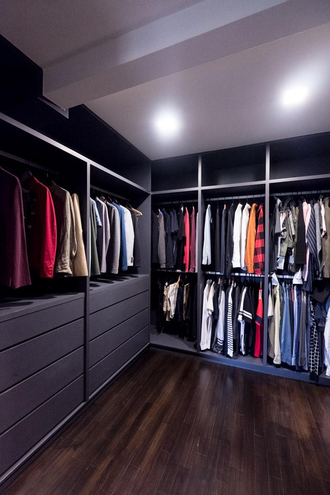 Tai Hwan Crescent walk-in wardrobe