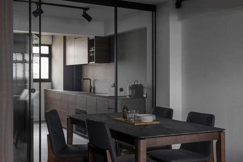 ascend design 18 Telok Blangah dining kitchen