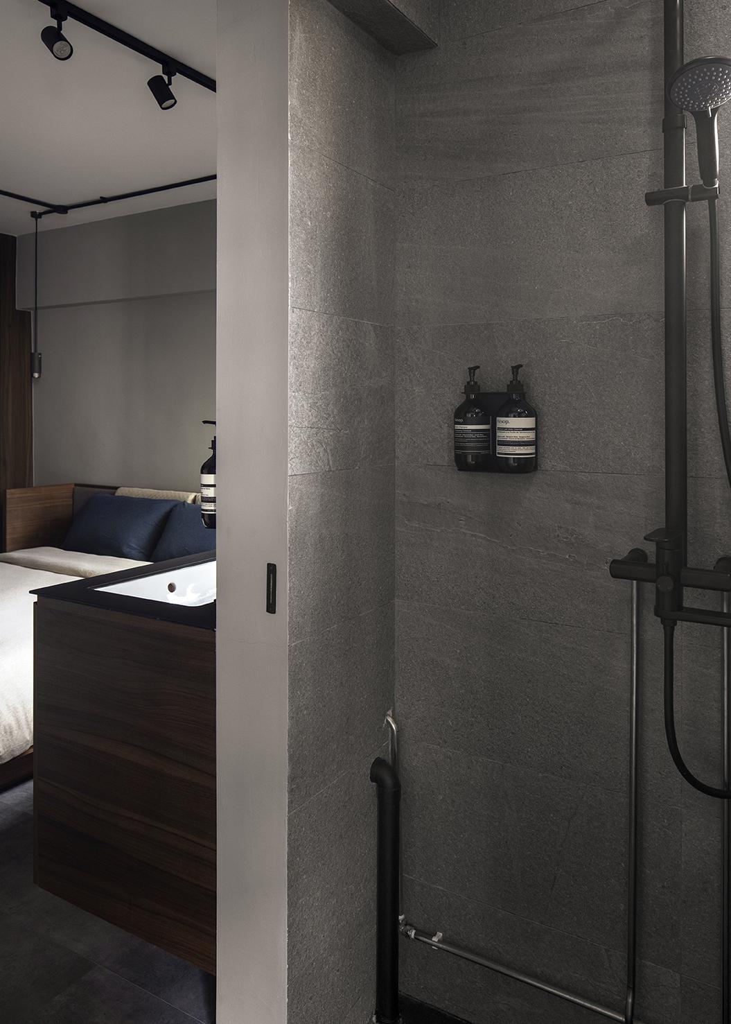 ascend design 18 Telok Blangah shower master
